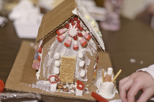 121215_GingerbreadHouseEvent_045