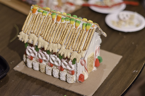121215_GingerbreadHouseEvent_046